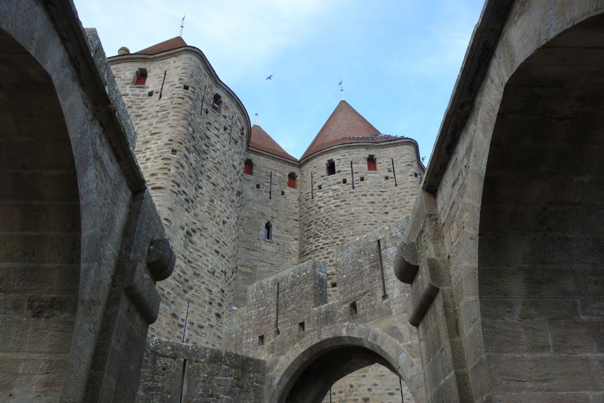 architecture cité médiévale carcassonne