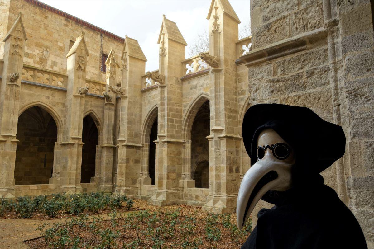 visite insolite cloitre Narbonne