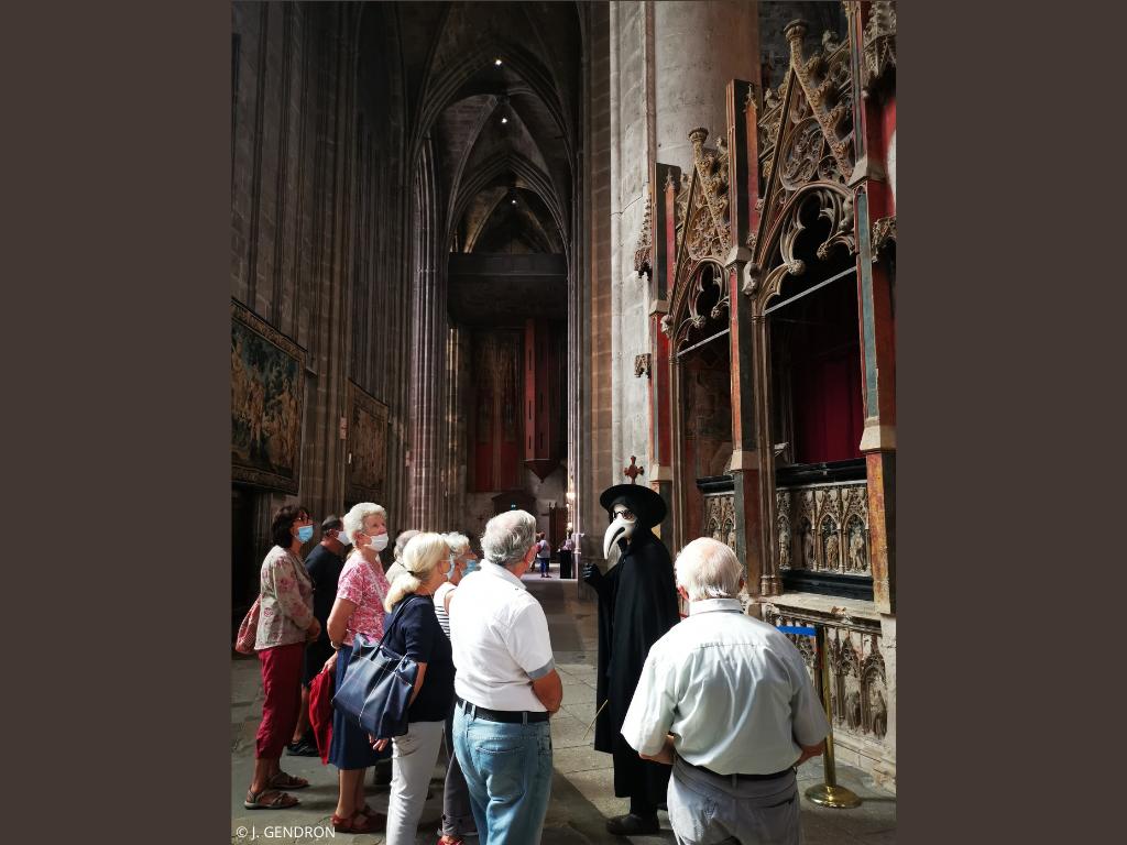 visite costumée à la cathédrale de Narbonne
