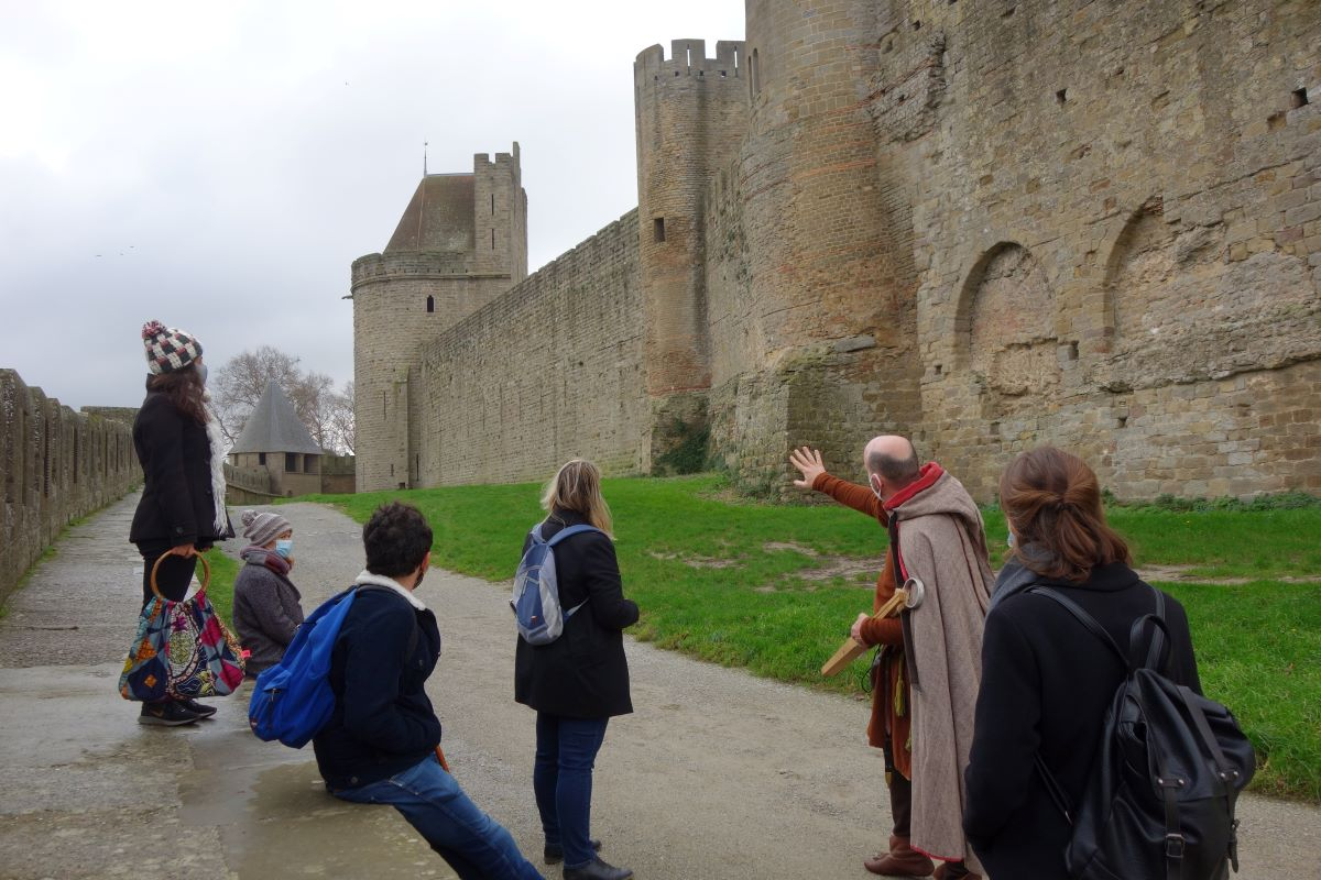 visite insolite de la cité médiévale de Carcassonne au temps des croisades