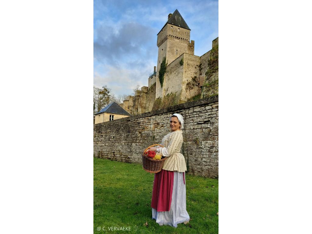 Creully-sur-Seulles entre château et moulin