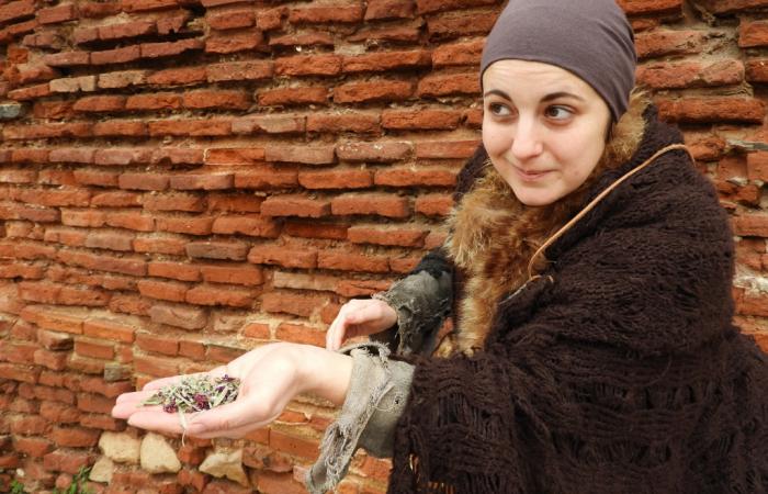 Jeannette soigneuse du Moyen Âge à Albi