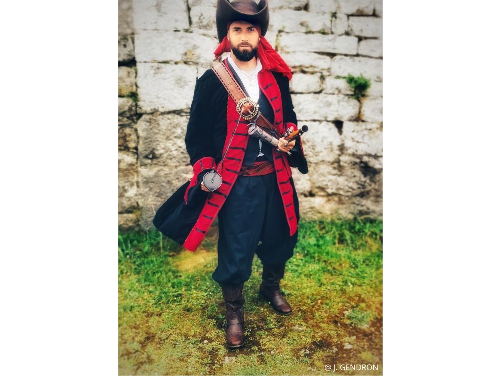 pirate epée gruissan tour barberousse XVIIè