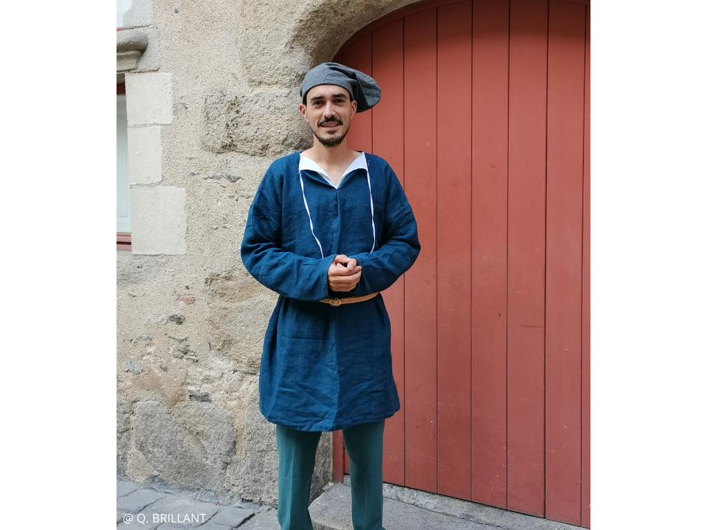 visite insolite guidée par un aubergiste à Angers au Moyen Âge