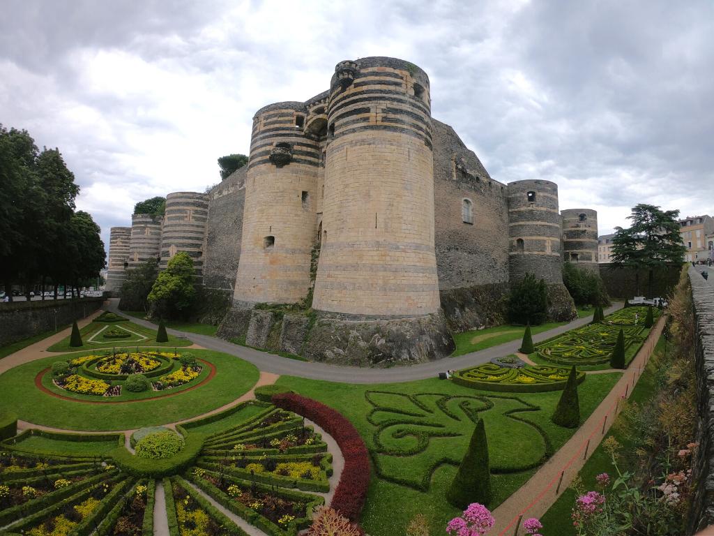 visite insolite château d'Angers