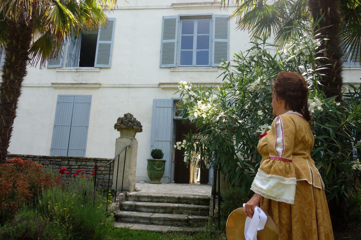 Visite La Rochelle quartier des hôtels particuliers immersion au XVIIIe siècle